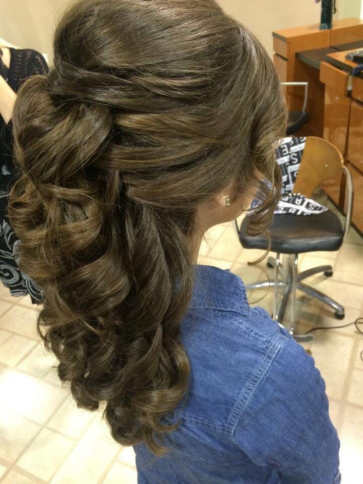 Pin By Amelia Spuhl On Updo Hairstyles Pinterest Hair Style