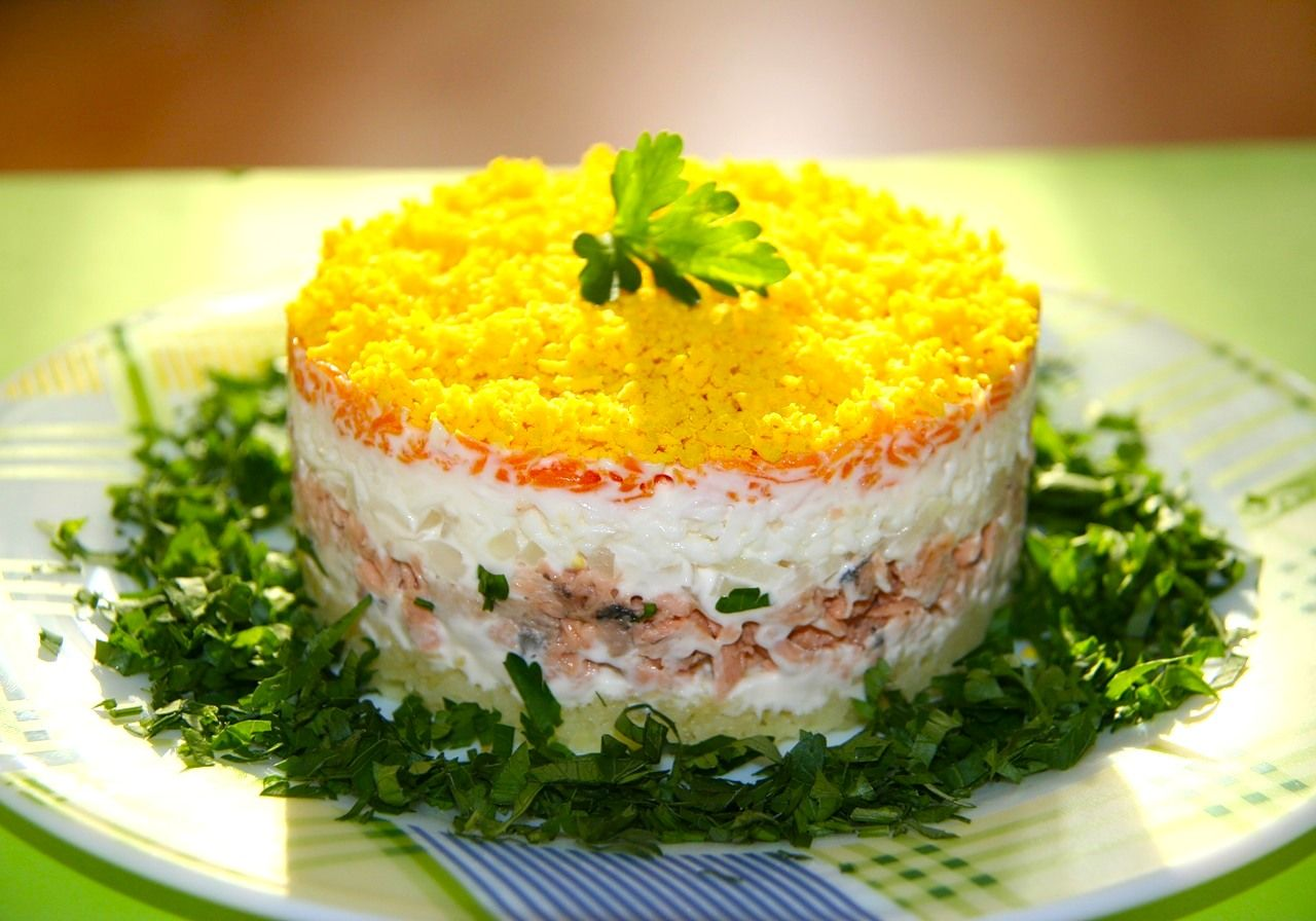 Салат мимоза со свёклой