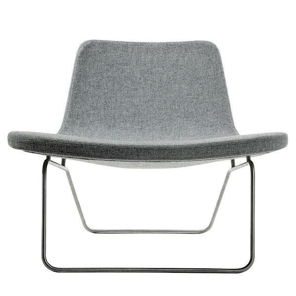 Le Fauteuil Ray Lounge Par Hay Appelle Au Repos Confortable Et Profond Deco Et Design Fauteuil Design Fauteuil Meuble Contemporain