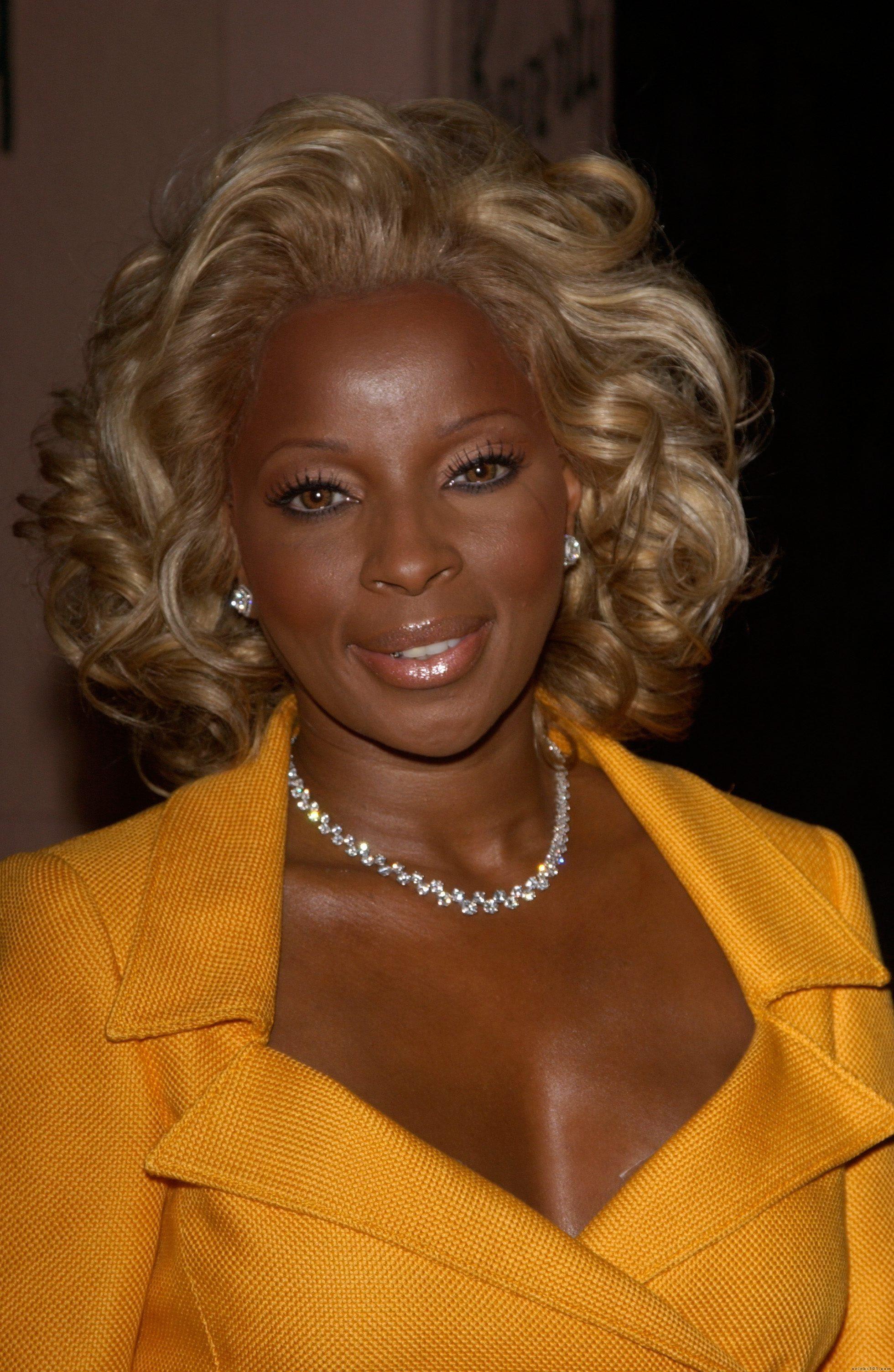 Kandi Burruss Bob Hairstyles Mary J Blige Hairstyles Easy Hairstylescom Mjb Fan