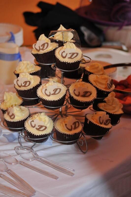 Couple Cup Cakes! Perfect wedding nibbles. #Wedding #Cumbria