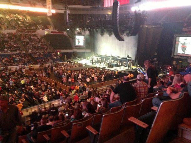 Nassau Coliseum Concert Seating Chart Romeo Santos On 4 28 13 For 106 Nassau Coliseum Seating Charts Nassau