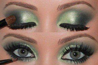 Fun with green & emerald eyeshadow. So pretty!