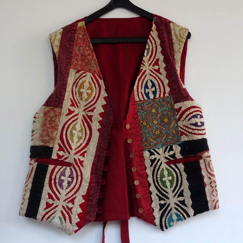 Gilet sans manches homme ou femme en coton gaudri, motif patchwork ethnique    Pulls, gilets, sweats par akkacreation 50a3b4915052