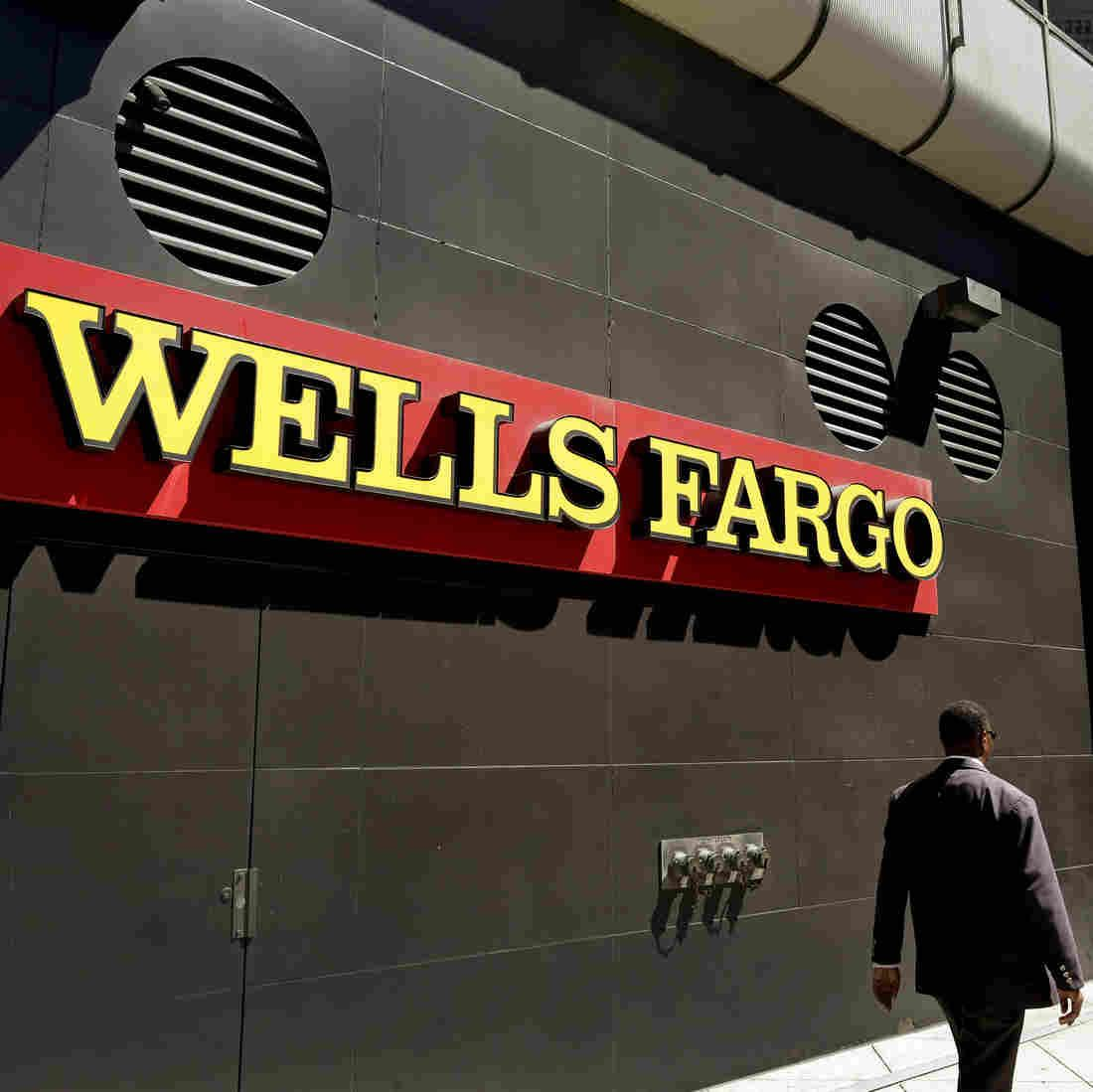 Exwells fargo employees sue allege they were punished