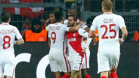 "Monaco deplasmanda Borussia Dortmund'u devirdi ! ""Monaco deplasmanda Borussia Dortmund'u devirdi"" DETAYLAR İÇERDE https://oderece.net/monaco-deplasmanda-borussia-dortmundu-devirdi/"