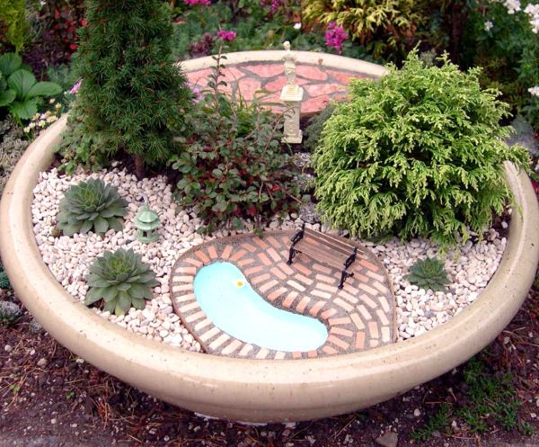 Le mini jardin zen - décoration et thérapie - Archzine.fr | Terraria ...