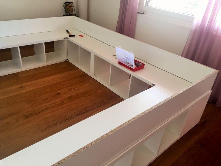 Familienbett Aus Kallax Regalen Einfach Selber Machen Familien Bett Familienbett Bett Bauen