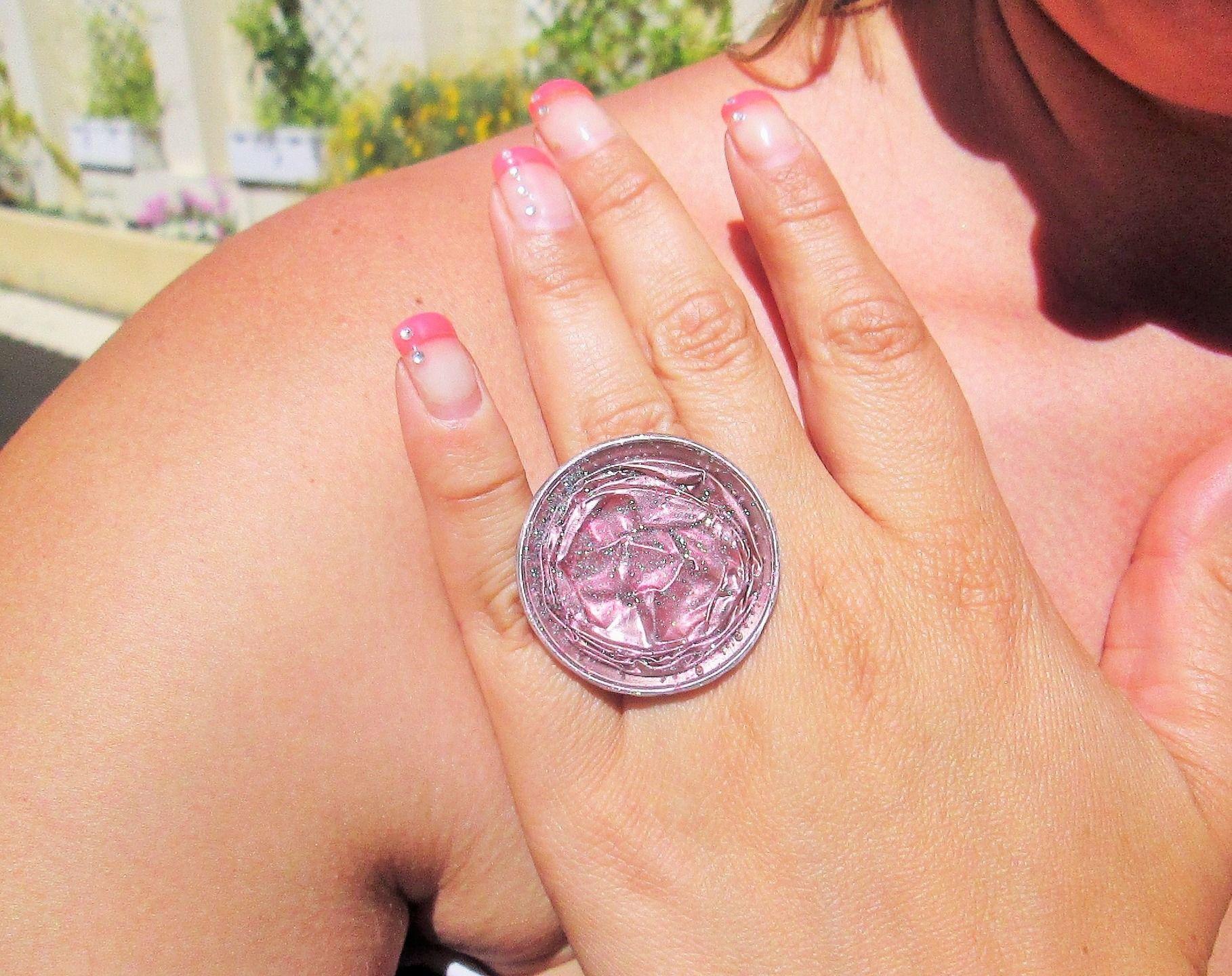 Bague femme réglable capsule de café rose tendre avec paillettes : Bague par perles-de-filles