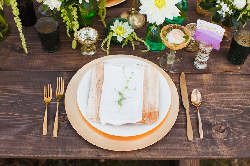 Gold chargers white plate bamboo plate flatware wrapped in napkin tied with & Gold chargers white plate bamboo plate flatware wrapped in napkin ...