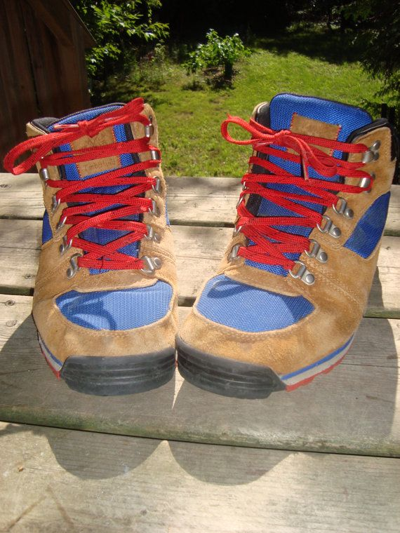 90s Hiking Boots Vintage Timberland Mens Size 8.5 by