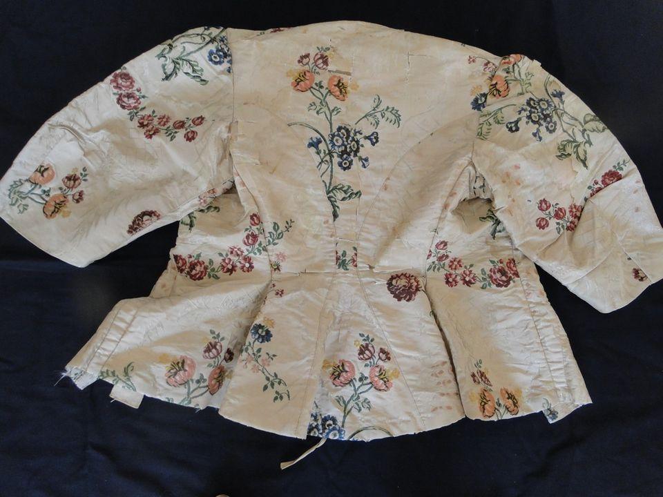 ANTIQUE CLOTHING-CIRCA 18THC. SPITAFIELDS SILK POLYCHROME FLORAL LADIES BODICE