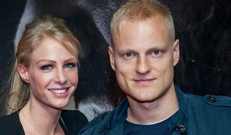 Olivier Deschacht en Annelien Coorevits trotse ouders van Lu... - Het Nieuwsblad: http://www.nieuwsblad.be/cnt/dmf20150605_01716114