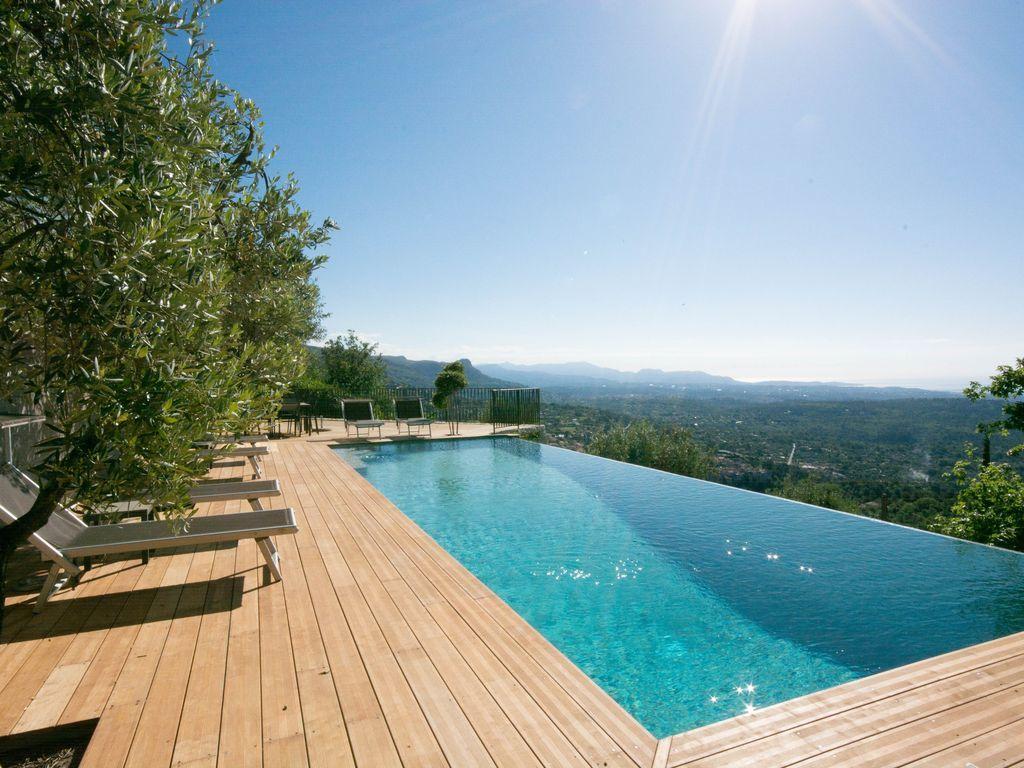 Piscine sans d bordement cannes nice frenchriviera for Nice hotel avec piscine