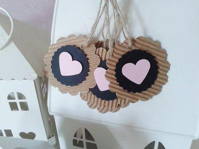 Etichette chiudi pacco con cuore hearth tag pink black craft scrapbooking