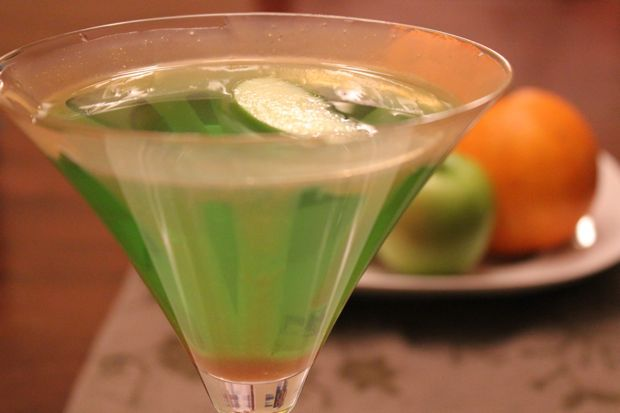 Salted Caramel Apple Martini ... think of it as a caramel apple for adults!