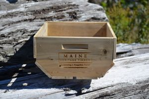 Magazines, flowers or even hats and mittens, our Berry Box Crate is perfect for storing your knick knacks in style!