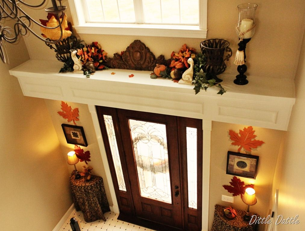 Holiday Entryway Decorating Ideas Part - 50: FOYER / ENTRY Interior Plant Ledge With Decorative Wood Molding For The  Open Foyer. Great Idea For Placing Holiday Decorations .