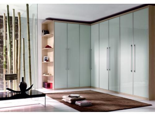 Armario puertas batientes roble con puertas de cristal for Puertas acristaladas correderas