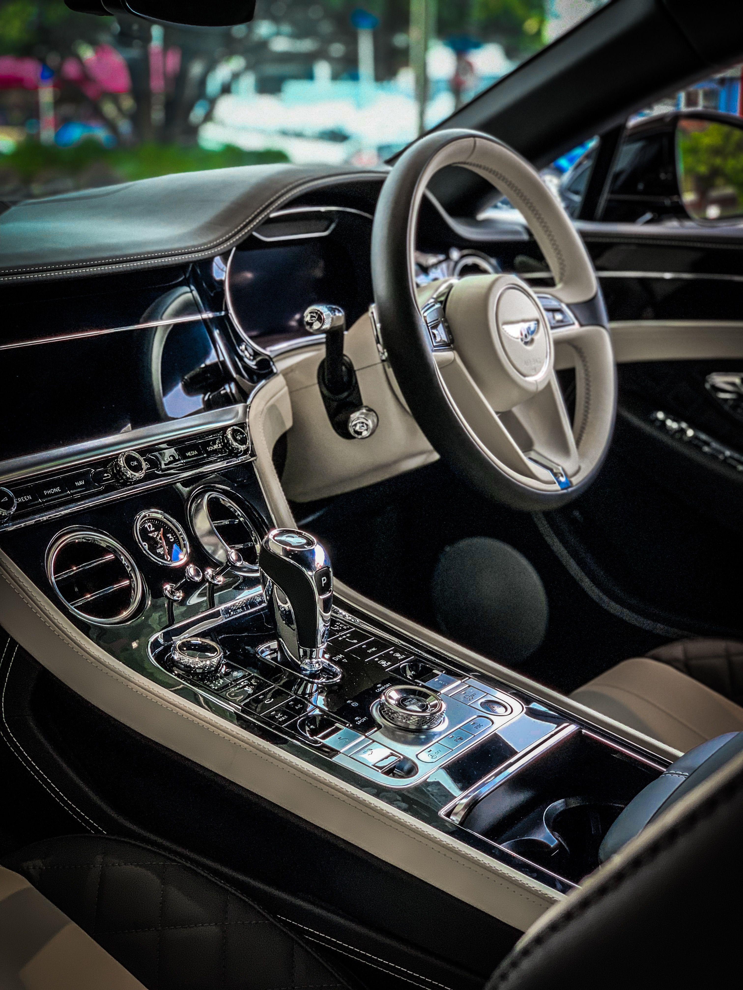 Bentley Bentley Car Small Luxury Cars Luxury Car Interior