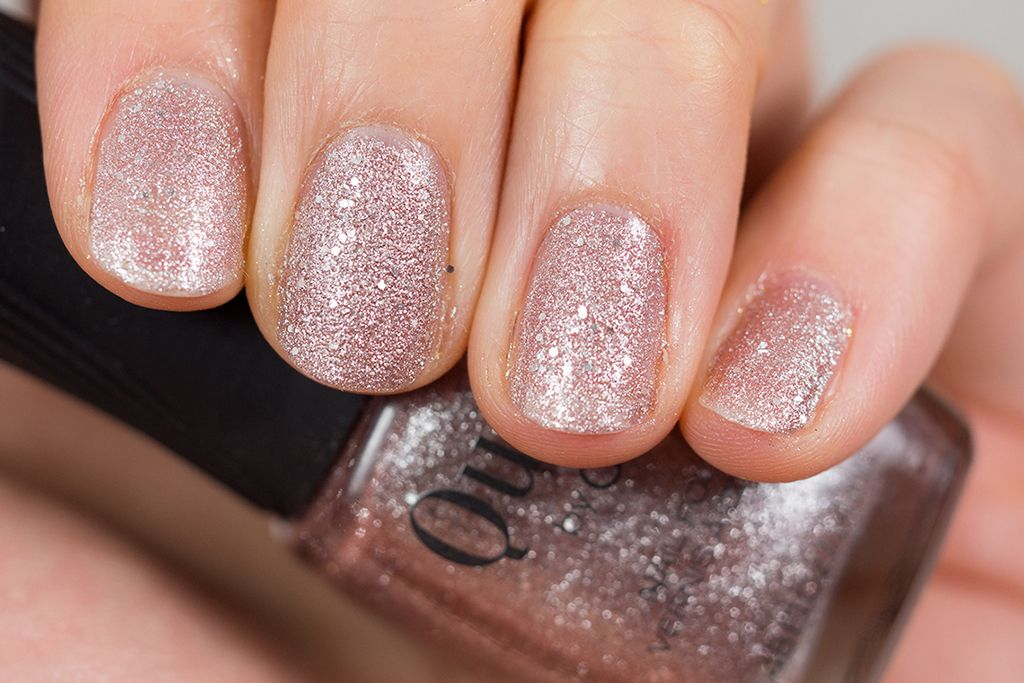 Quo By Orly Megapixel Fx Nail Polish Helps You Sparkle Through The Snow Review Photos Swatches Holiday Countdown Nail Polish Nails Best Makeup Products