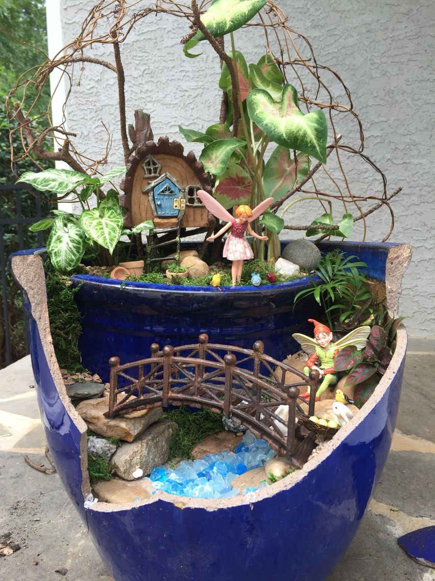 by kristin middleton broken pot fairy gardens pinterest mini garten feengarten und miniatur. Black Bedroom Furniture Sets. Home Design Ideas