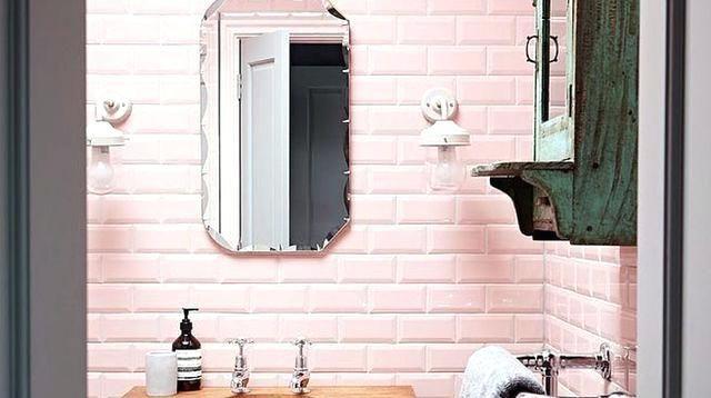 salle de bain rose pale astuces de pro pour repeindre son carrelage - Repeindre Du Carrelage De Salle De Bain