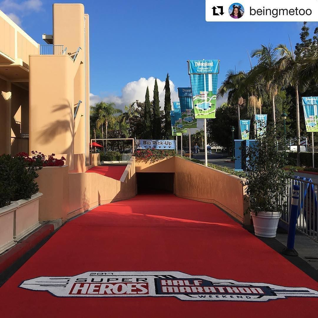 It S Almost Expo Time What S On Your Shopping List This Superheroeshalf Weekend Teamrundisney Trdrunningclub Rundisne Run Disney Running Club West Coast