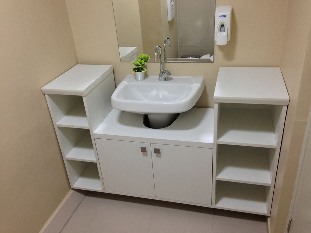 Resultado de imagen para armarios de banheiro com rodinhas for Armarios de cuarto de bano para colgar