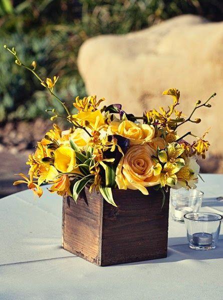 Resultado de imagem para cachepot madeira mesa casamento for Centro de mesa rustico