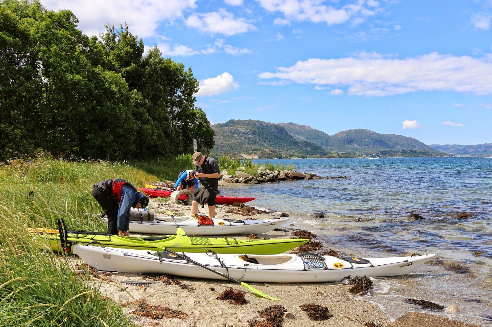 Lysefjorden+Kajakk+090.JPG 1600 × 1066 bildepunkter