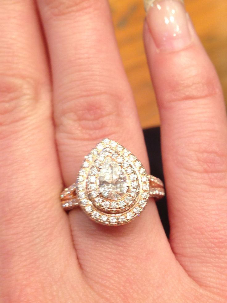 to biggest round b cardi size engagement find white diamond ring big gold large wedding amazing rings where full of halo