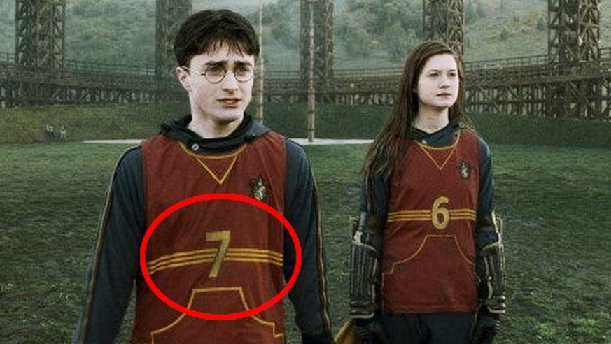 Bei Merlins Bart 10 Details In Harry Potter Die Dir Echt Noch Nie Aufgefallen Sind Harry Potter Fakten Harry Potter Film Harry Potter Lustig