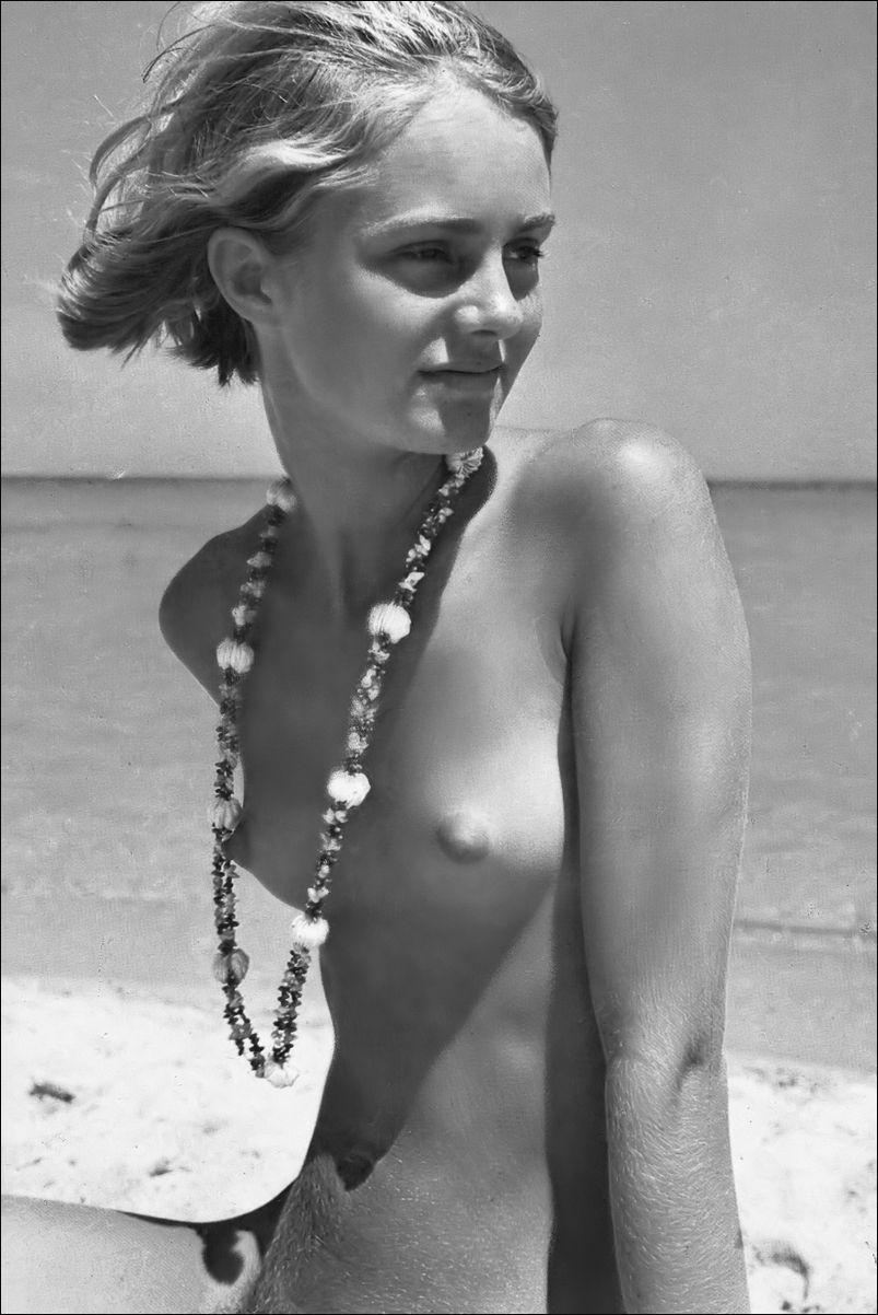 Vintage nudes small tit, nude brazillian volleyball