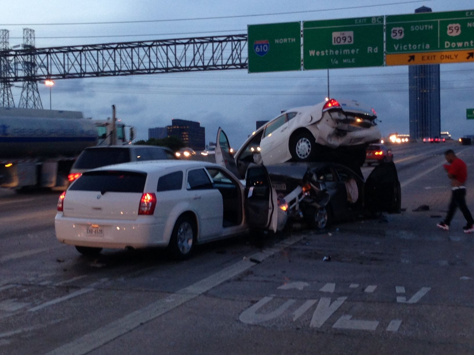 Houston Towing Service Here a pic of an accident off 610