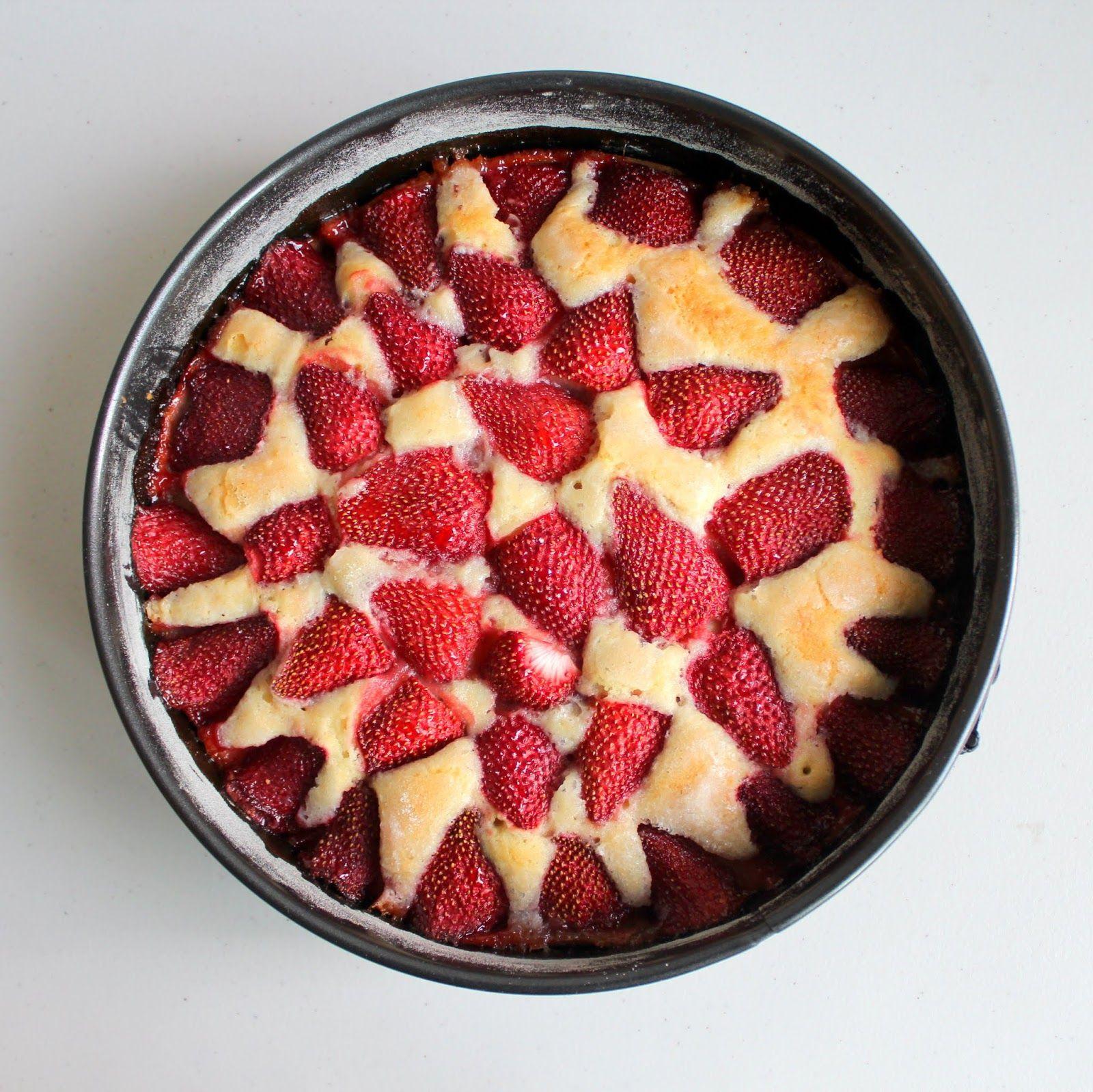 Strawberry Summer Cake Lemon Smitten Kitchen Food Recipes Cake