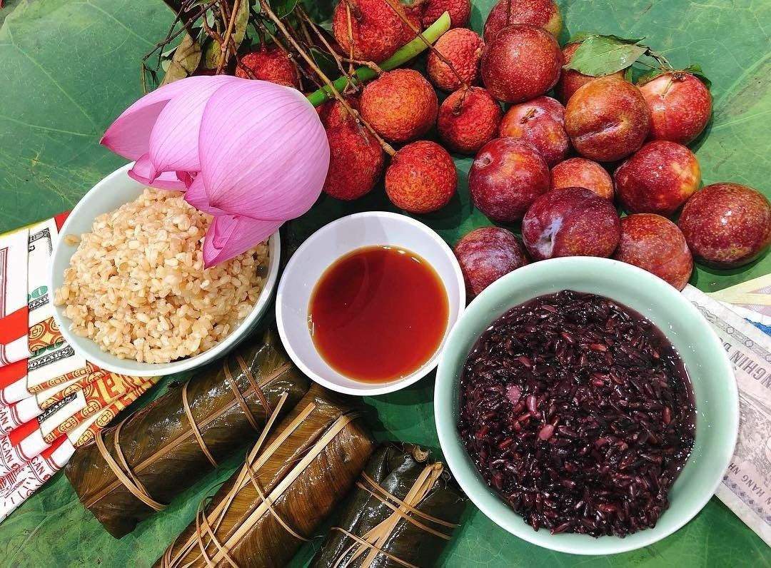 Tet Doan Ngo The Origin And Meaning Of The Mid Year Festival New Year S Food Food Festival Fruit In Season
