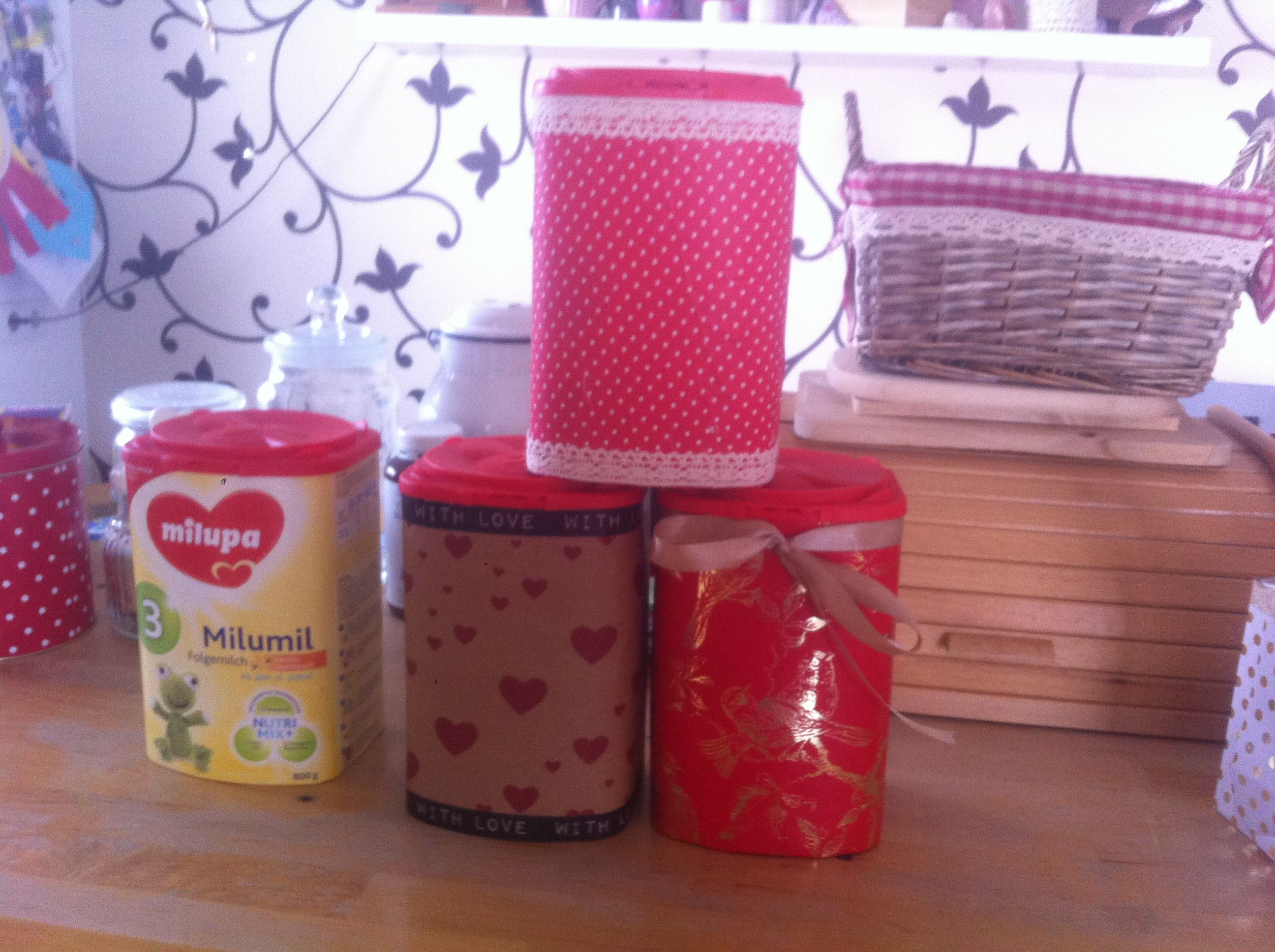 Recycle#box#Iheart#kitchen#Red#Polkadots#SprayGlue#loveit'