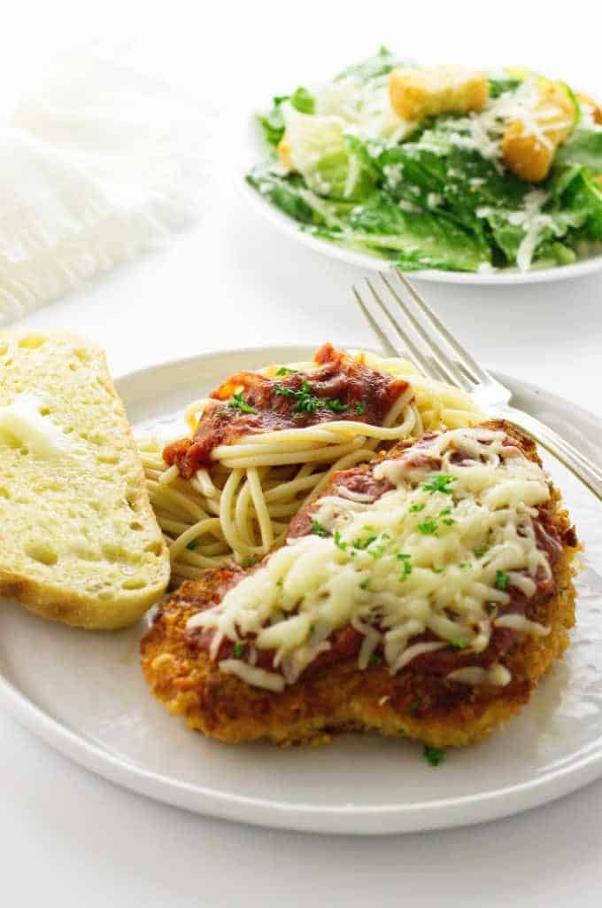 Chicken Parmesan- fast, easy, and delicious #chickenparmesan