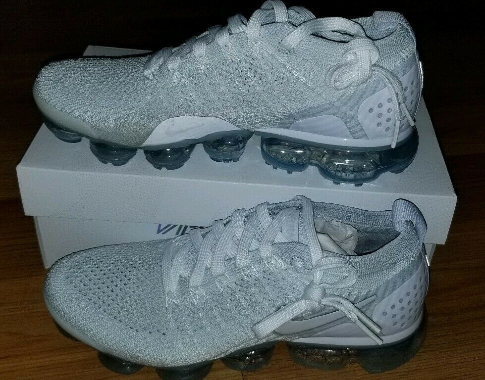 size 40 56f5c ddc61 Nike Women's Air Vapormax Flyknit 2 White Vast Grey 942843 ...