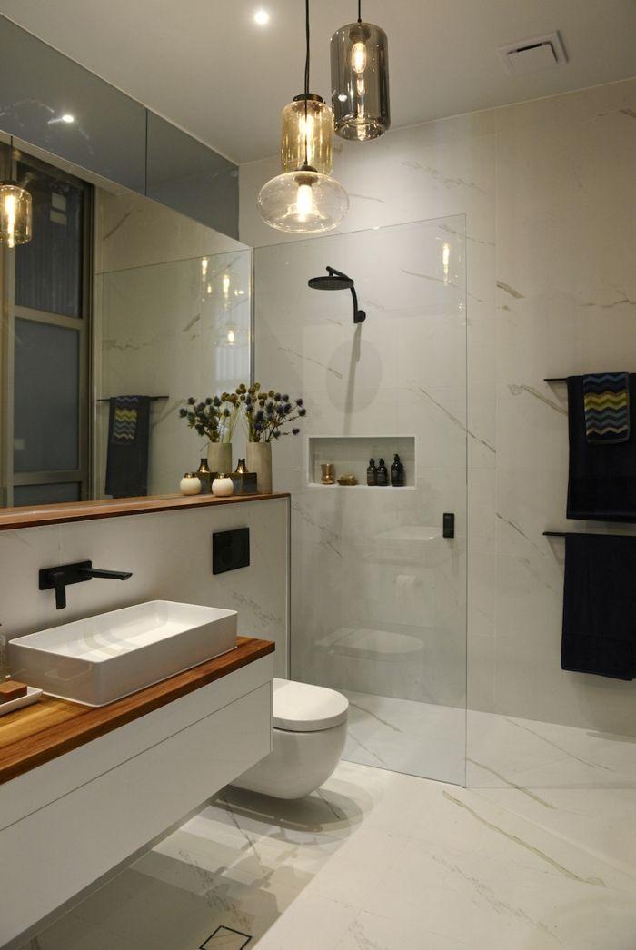 salle de bain italienne petite surface les deux pieds sur terre salle de bain bathroom. Black Bedroom Furniture Sets. Home Design Ideas