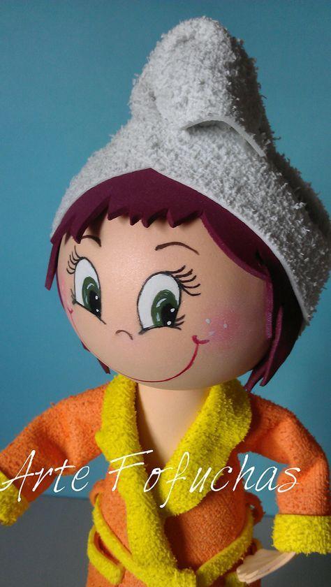 Sara tras el baño con toalla turbante   Muñecas fofuchas ...