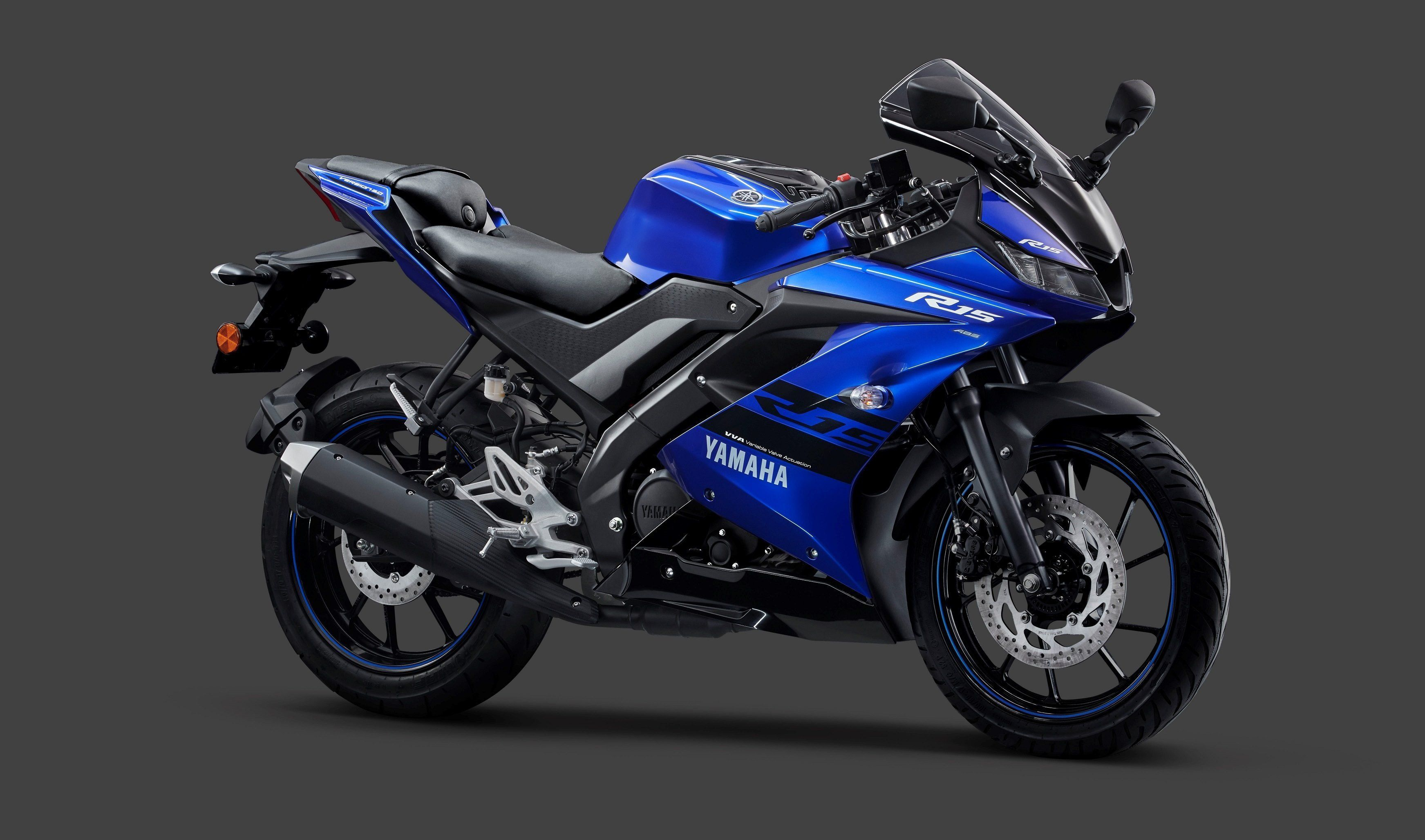 Yamaha R15 V3 Gets Dual Channel Abs Blue R15 Yamaha Yamaha Yzf