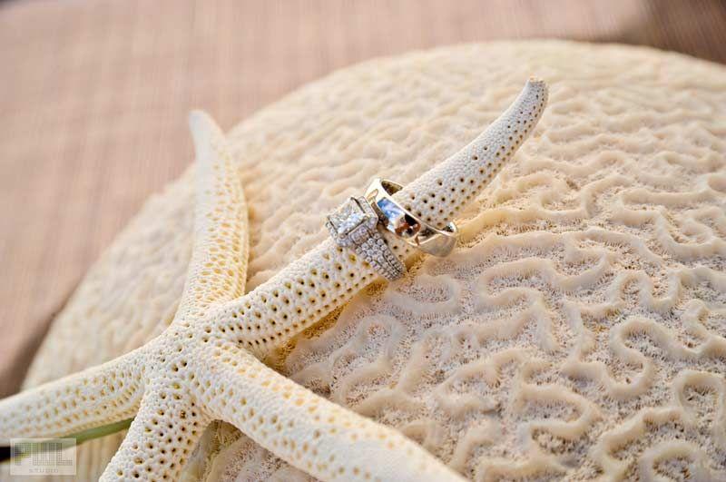 STARFISH WEDDING p107smdiamondengagmentweddingringswhite