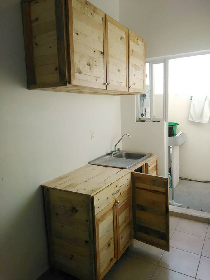 Kitchen Wholly Made From Recycled Pallets Pallet Kitchen