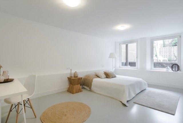 Gietvloer Op Slaapkamer : Witte luxe slaapkamer slaapkamer en gietvloer slaapkamer design