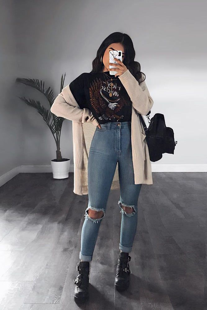 Ripped Jeans With Long Cardigan #longcardigan #rippedjeans ★ Edgy grunge style from the 90s to inspire your street style. #grungestyle #grungeoutfits #grungefashion #grungeclothing #outfitideas #streetstyle #glaminati #lifestyle
