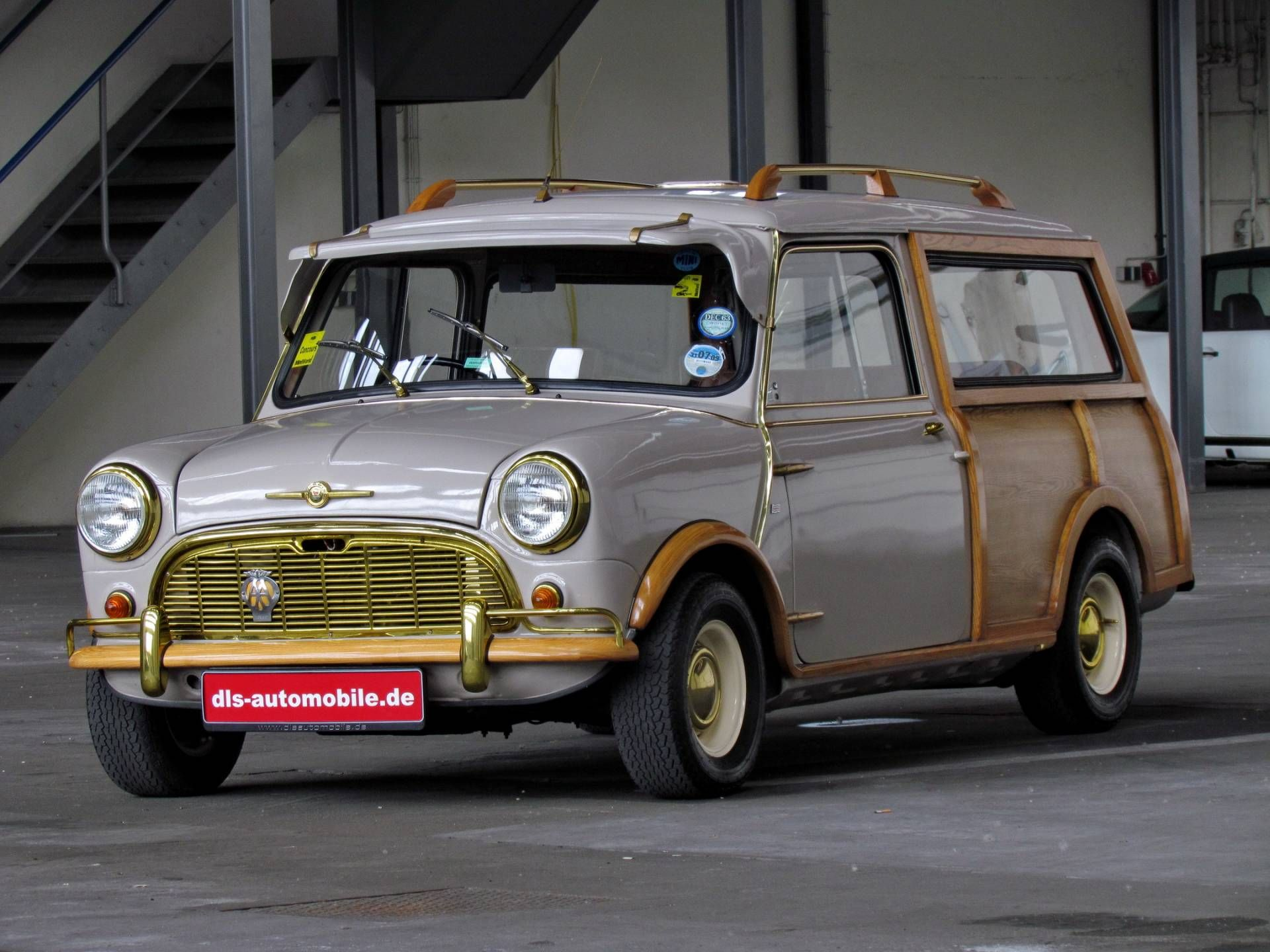 "Morris Mini Traveller - MINI TRAVELLER WOODY ""WOOD & GOLD"" 