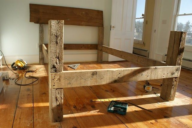 Old Beam Bed Homemade Beds Barn Wood Projects Wood Beds