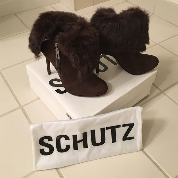 NIB SCHUTZ Rabbit Fur Dark Brown Booties Size 6 Gorgeous luxe suede and rabbit fur (Spain) booties from Brazilian brand SCHUTZ. Never worn, new in box with dust bag. Can be worn as a bootie with fur trim or as mid calf boot. Size 6! SCHUTZ Shoes Heeled Boots